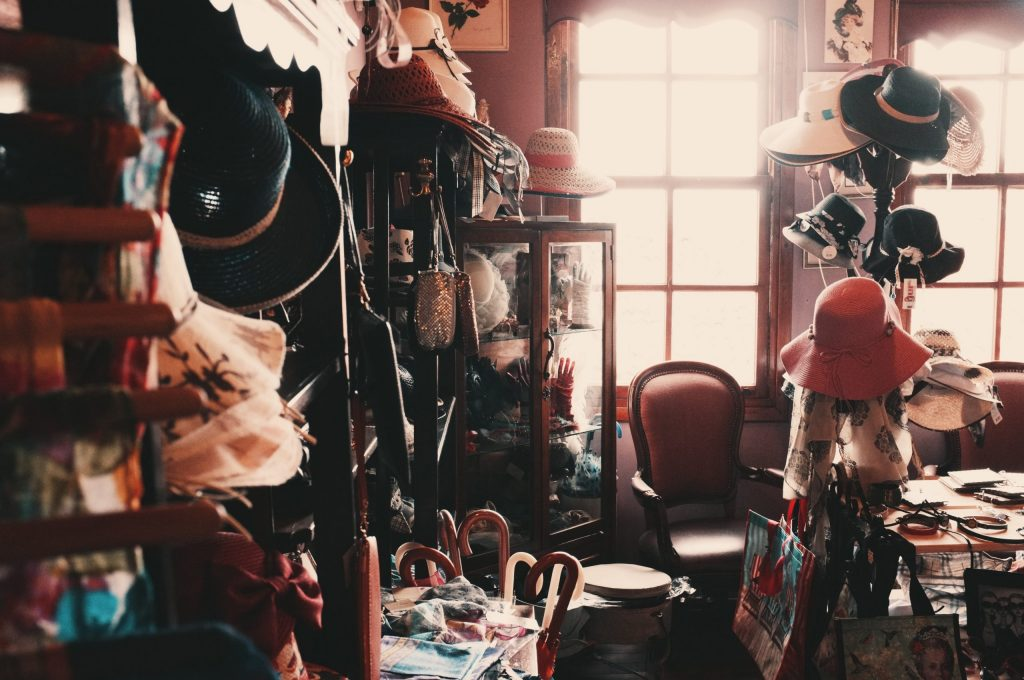 Prepare for the Holiday by Decluttering