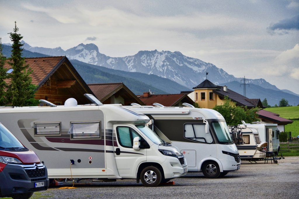 Not on the Road? Park the RV, the Perks of Outdoor RV Storage