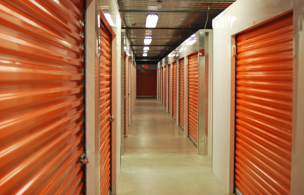 7 Tips on Choosing Storage Units for New RV Owners